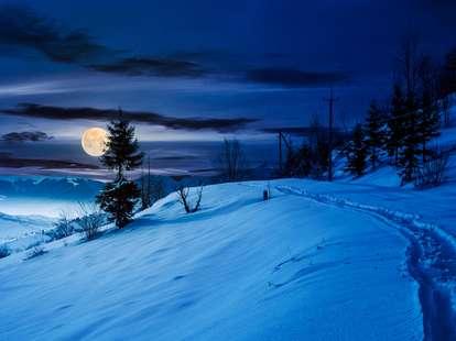 Full moon in zodiac sign Cancer   Photo: © iStockphoto.com/Mike_Pellinni