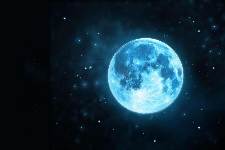 Super Full Moon in zodiac sign Virgo | Photo: (C)  ipopba  - stock.adobe.com