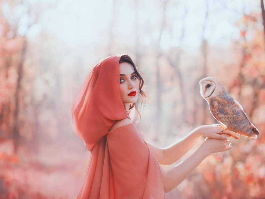 Esoteric | Photo: © iStockphoto.com/Kharchenko_irina7