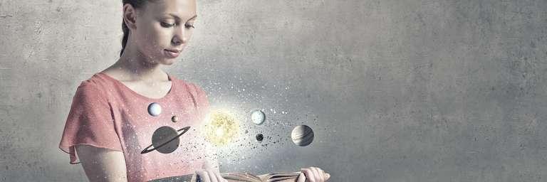 Horoscope Shop of astrosofa.com | Photo:© Sergey Nivens - stock.adobe.com