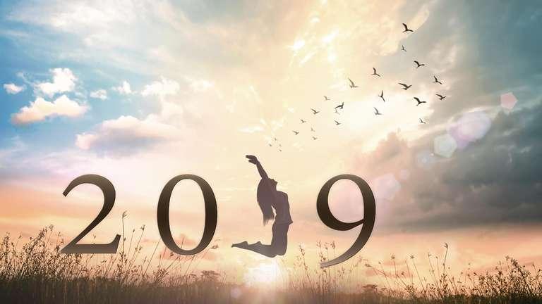 Das Jahreshoroskop 2019 Premium - so stehen Ihre Sterne   Foto: adobe.stock.com