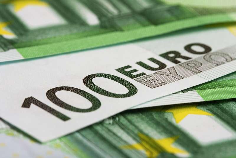 Jahreshoroskop Finanzen | Foto: © iStockphoto.com/DirkRietschel
