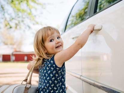 Gehörst Du zu den Glückskindern der 18. Woche? | Foto: Jessica Byrum / stocksy.com