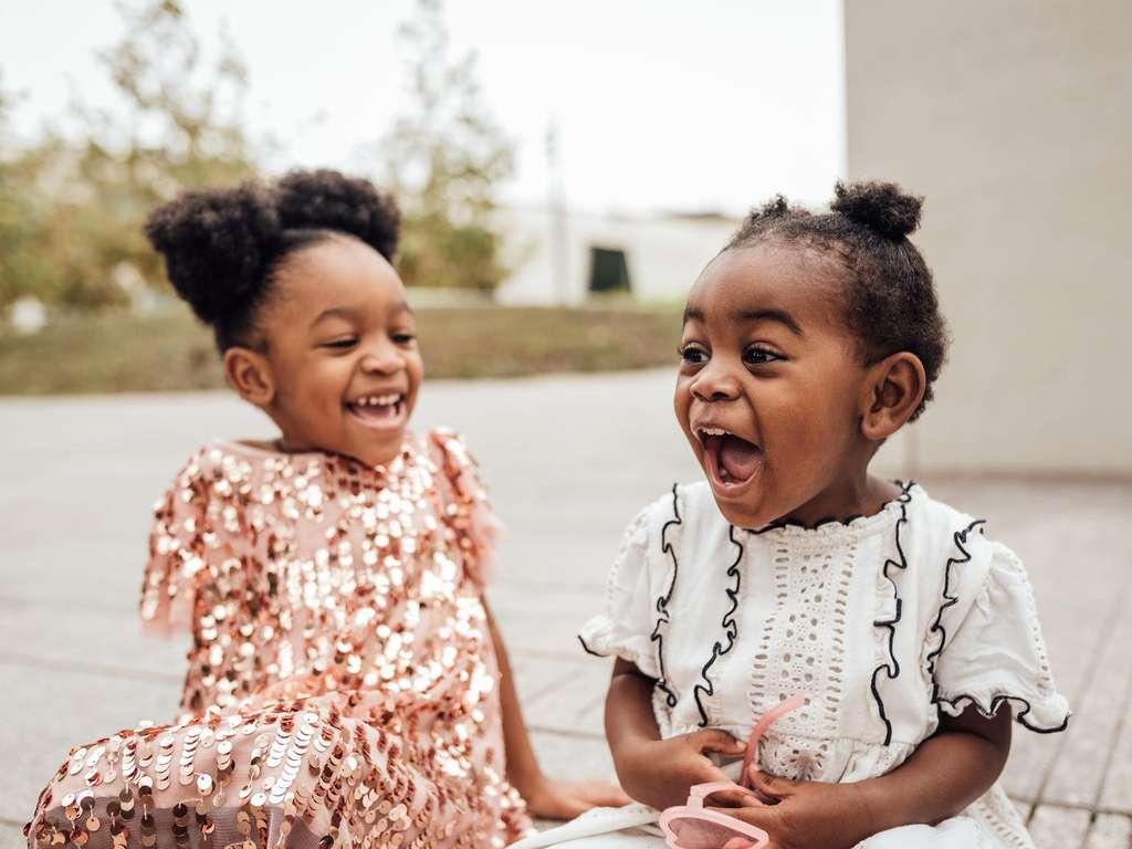 Gehörst Du zu den Glückskindern der 24. Woche? | Foto:  Sween Shots / stocksy.com