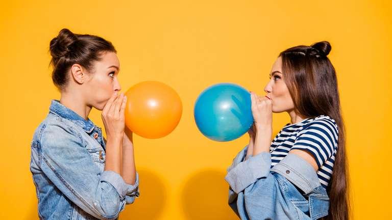Die Zwillinge haben einen guten Tag | Foto: © deagreez - stock.adobe.com