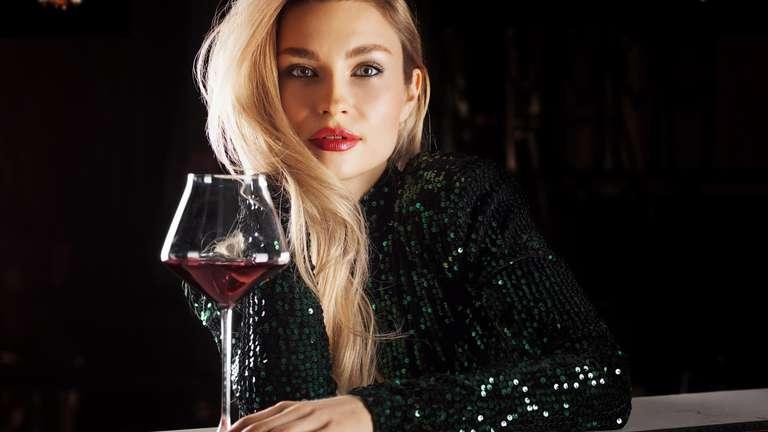 Neue Bekanntschaften warten auf Sie | Foto: © andy_gin - stock.adobe.com