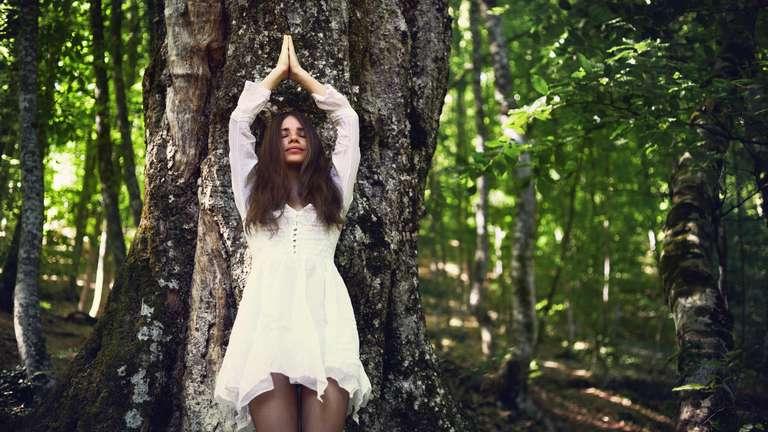 Die Jungfrau sollte sich diese Woche gut erden | Foto: © iStockphoto.com/myshkovsky
