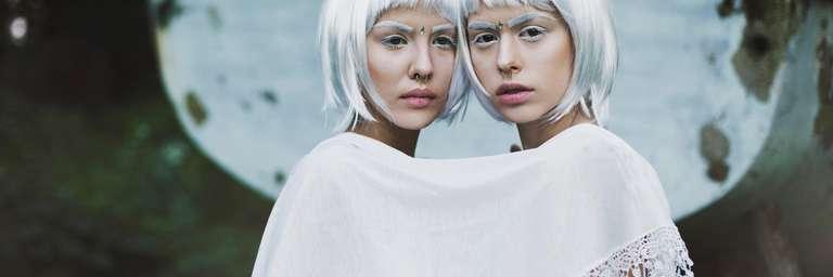 Horoskop für die 20. Woche | Foto: Jovana Rikalo / stocksy.com