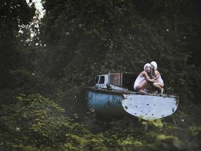 Zwillinge | Foto: Jovana Rikalo / stocksy.com