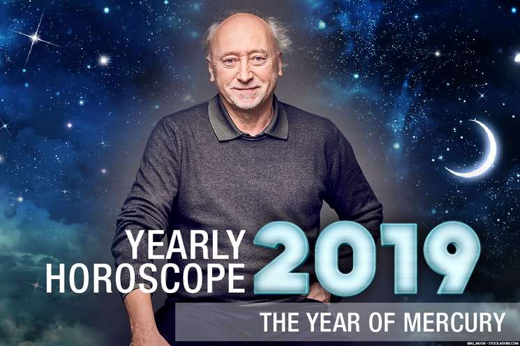 Free 2019 yearly horoscope | Photo background: © nj_musik - stock.adobe.com