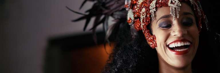 Monatshoroskop Februar von schicksal.com | Foto: © iStockphoto.com/PeopleImages