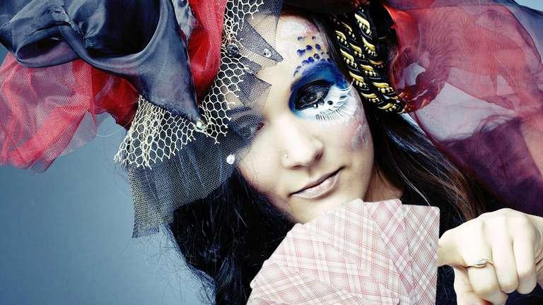 | Photo: (c) photocreative / shutterstock.com