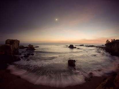 Jupiter Venus Moon conjunction | Photo: Kevin Russ / Stocksy.com